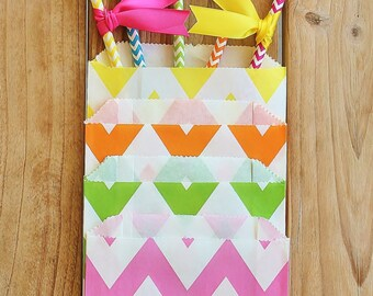 25 Colorful Neon Paper Straws w/ Assorted Satin Flags and 2 Packs (12 Pcs in Each) of Chevron Kraft Paper Bags