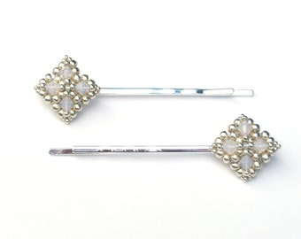 Hair Pins, White Opal Swarovski Crystal, Beaded Hair Pins, Mini Hair Accessory, Pretty Little Pins