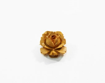 1930s bakelite brooch pendant carved butterscotch yellow flower floral rose