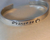 Princesa - Custom Metal Stamp Bracelet (SChl-1.5E)