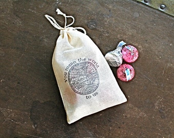 "Wedding favor bags, set of 50 drawstring cotton bags. Vintage globe with ""You mean the world to us."" Thank you favors, party favor bags."