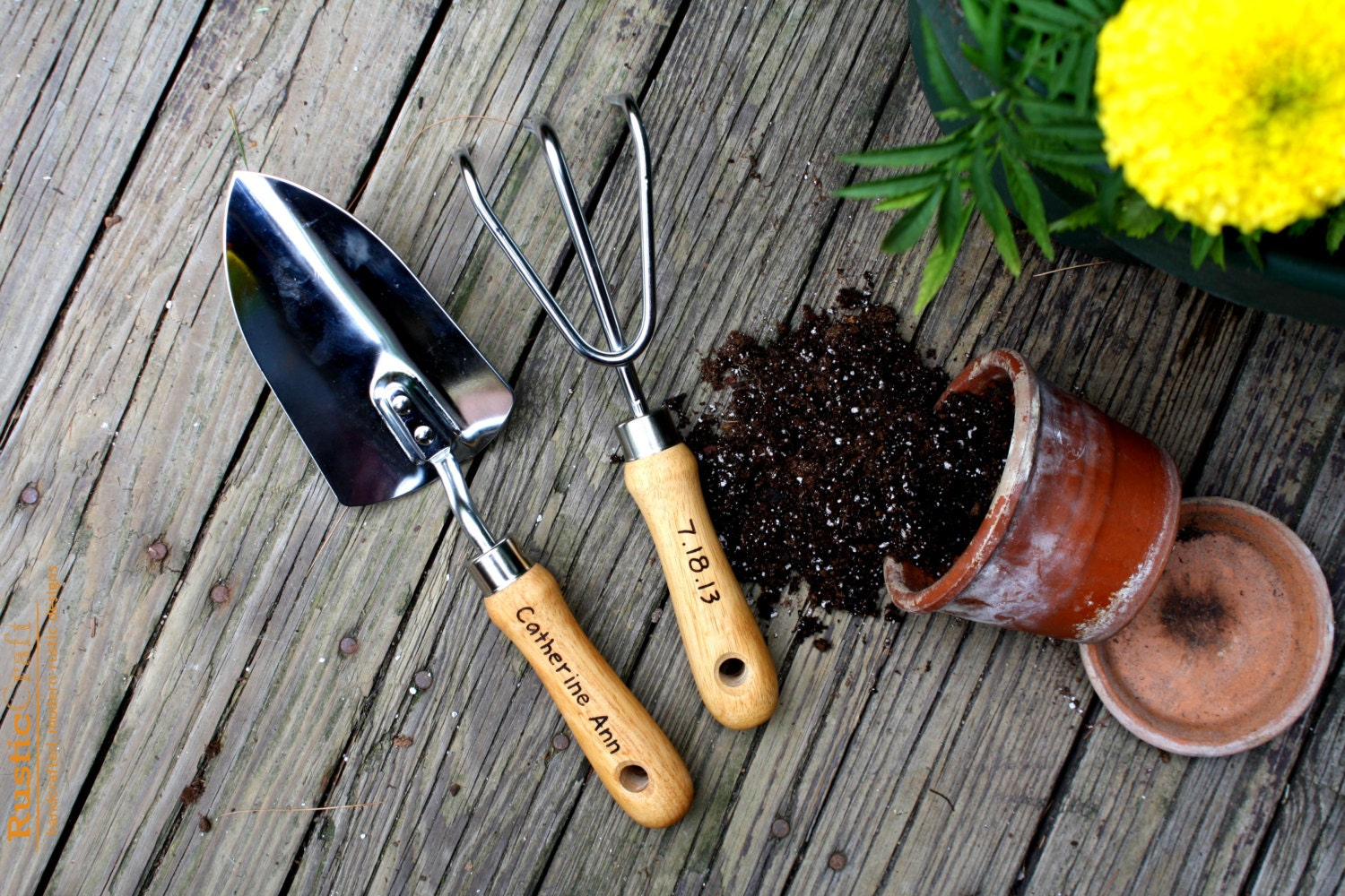 Personalized garden tool set hand trowel short shovel for Hand tools for planting