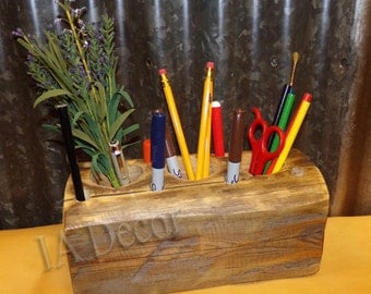 Wide Reclaimed Barnwood Desk Organizer - Pencil Holder - Paint Brush Holder - Desk Caddy - Naural Hand Hewn Wood