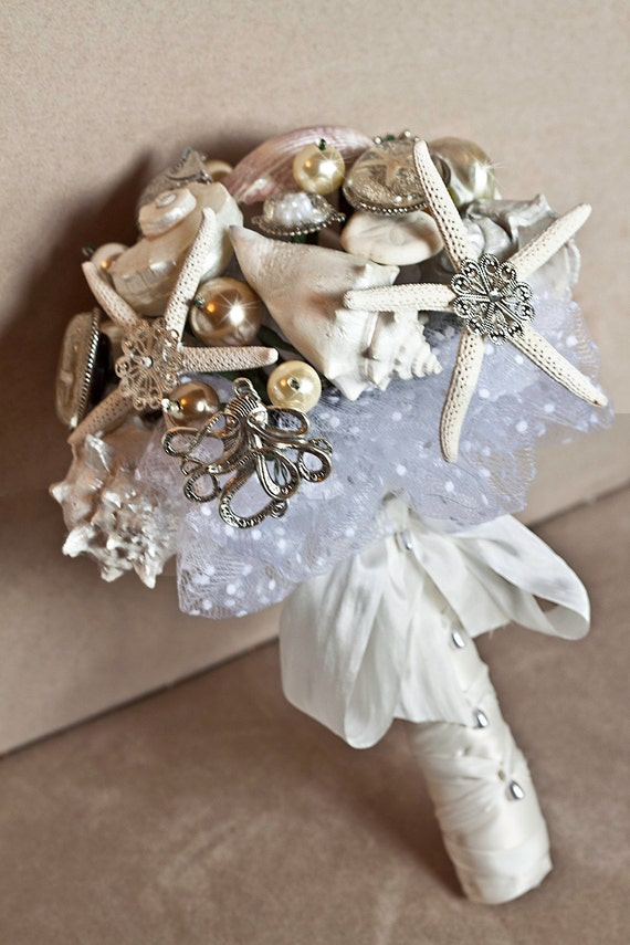 White Rustic Beach Wedding BROOCH Bridal Bouquet Shell And