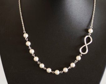 Infinity Necklace. Cream Pearl Necklace. Beaded Jewelry. Wedding Jewelry, Bridesmaid Gift. Feminine, Elegant