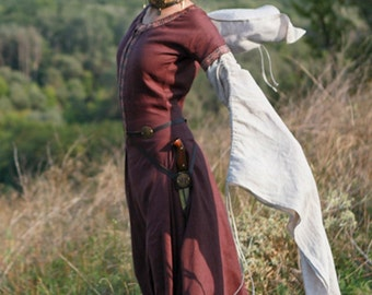 "DISCOUNT! Medieval Linen Dress ""Archeress"""