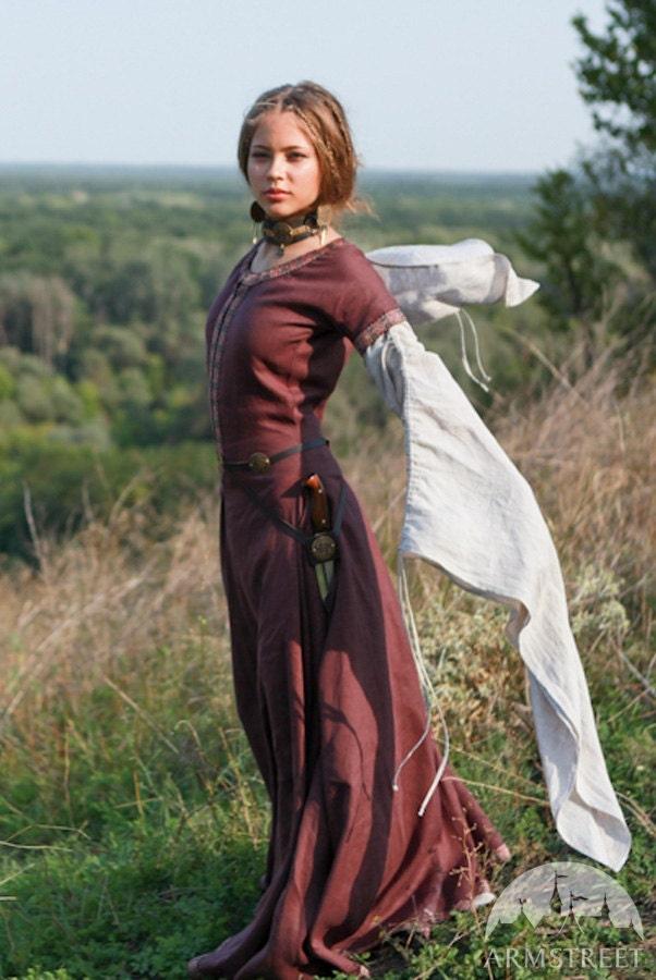 Medieval Linen Dress Archeress