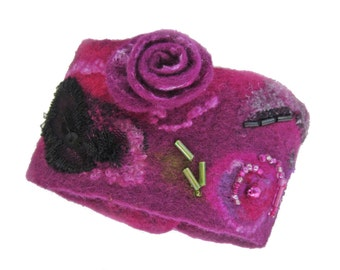 Felted bracelet pink-violet, embroidered, from 8.3 -  9.1 inches, 96% wool, ,4 pr. glass, felted, button synthetic, OOAK