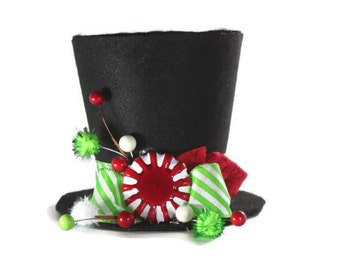 Green candy cane tree topper, Top Hat decoration