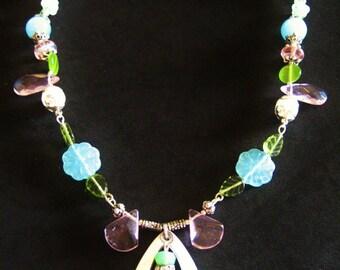 GRACIOUS GARDEN Glass Beaded Necklace