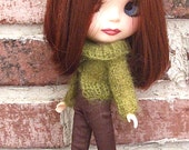 Blythe Sweater-  Olive Green Hand Knit  Sweater for Fall