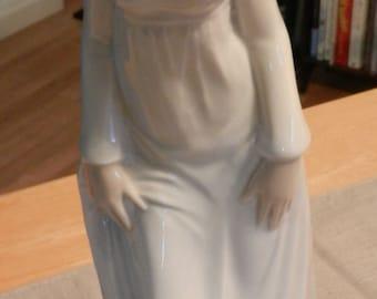 SALE Vintage Porceval Figurine