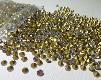 50pcs 5mm - SS23 Crystal Clear Glass Rhinestone Chatons Cone Back