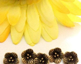 5 x Zinc Alloy Bronze Tone Flower pendant Charms 10mm