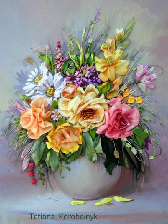 Ricamo composizione di fiori Silk ribbon