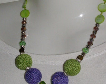 Green and purple cotton necklace
