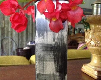 Black & White Ceramic Bud Vase
