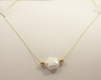 Bridal  white Pearl Collar Silver  24 K Gold plated , necklace Handmade with a Pearl  Flower Shape Collar.Bridesmaid Gift