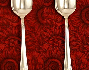 EX Queen Bess 2 Serving Spoons Tablespoons Silver Plate 1946 Vintage Silverware by Oneida Community Tudor Plate