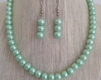 Mint Seafoam Green Bridal Jewelry Set, Seafoam Green Wedding Necklace, Mint Green Wedding, Green Pearl Necklace, Bridesmaid Jewelry Gift