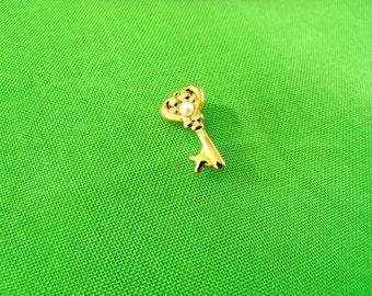 Vintage Key Tie Tack (Item 839)