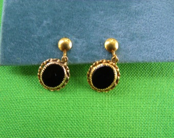 Vintage Screw Back Earrings (Item 563)