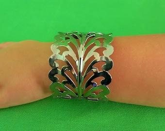 Vintage Open Work Bracelet (Item 1668)