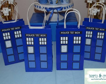 Doctor Who Party Favor / Gift Bag - Tardis Birthday Party Printable - FILE to PRINT DIY