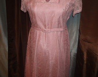 True Vintage 1950s Dusty Rose Pink A-Line Dress with Lace overlay and Tulle Neckline XL XXL