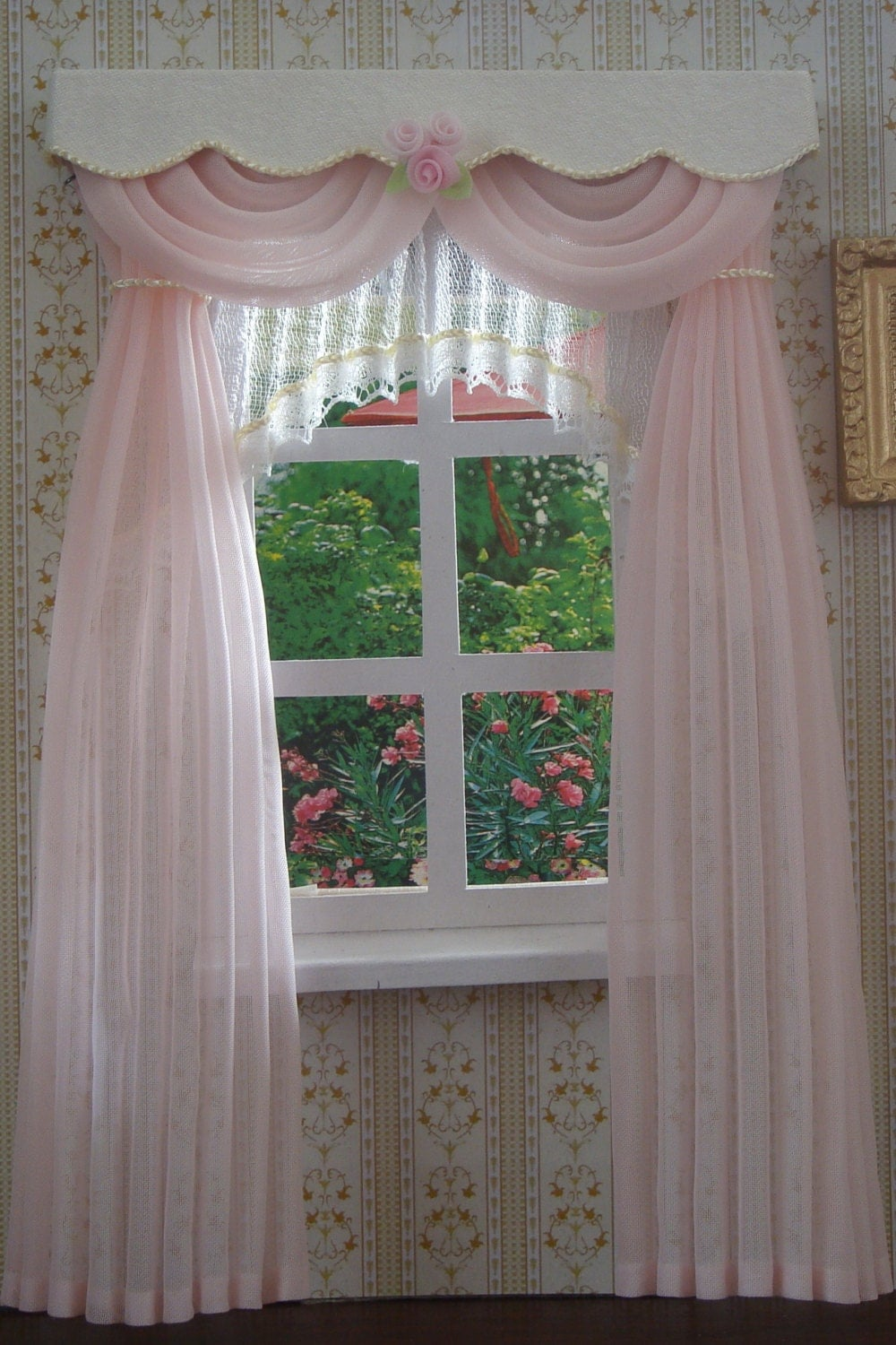 miniature 1 12 dollhouse curtains. Black Bedroom Furniture Sets. Home Design Ideas