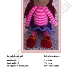 crochet pattern Sassa of sand Castle by the sea
