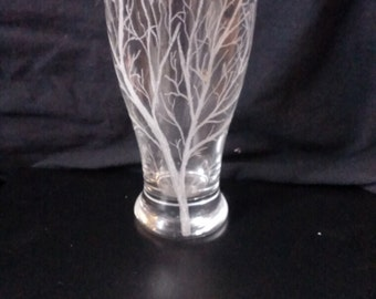 Tree Branches Hand Engraved on Tulip Shape Pint Glass