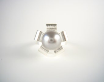 Silver ring STARS & STARLETS with pearl