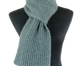 Cashmere scarf , Grey.