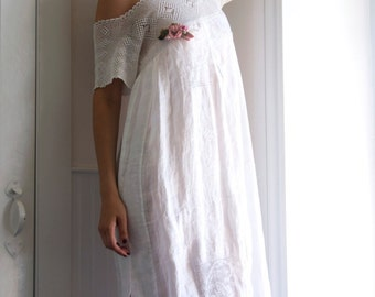 Fanciful Dress in Lace and tissue cotton