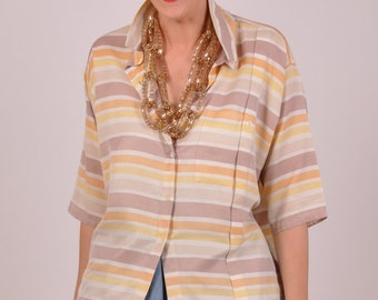 We love stripes // colourful vintage blouse with, striped, short sleeves