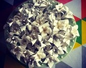 EGAH Lily: 1 single white lily made from book paper