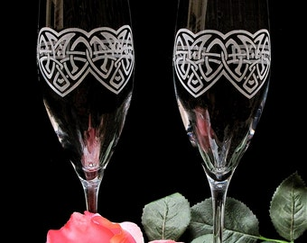 2 Toasting Flutes, Celtic Wedding Decor, Irish Wedding Champagne Flutes, Wedding Gifts for Couple