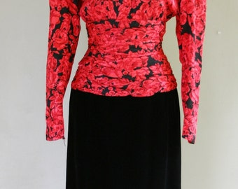 1980s Party Dress - Silk and Velvet - Red and Black Print - Sexy Rouched Waist - Shoulder Pads - Classic 80s - by Ann Taylor - 38 Bust