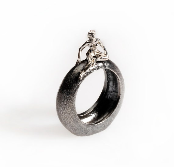 Stone Ring (Comes with Climbing Man Pin Gift )