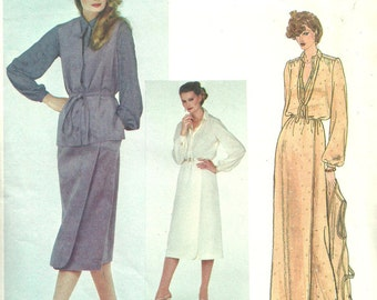 Vintage Designer Sewing Pattern / Vogue 2097 / Size 14 Bust 36 / From Bill Blass