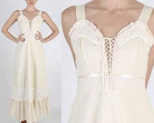 Vintage 70s GUNNE SAX eyelet lace boho prairie dolly tiered wedding maxi dress S