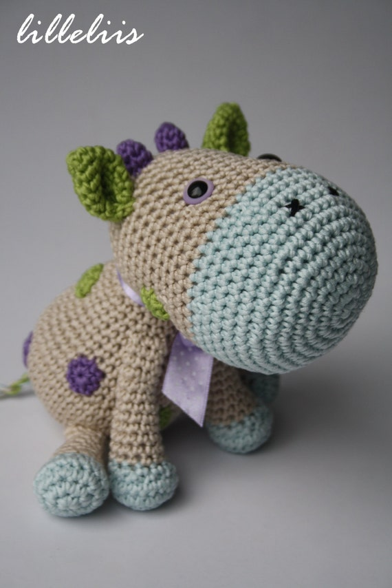 Cabeza Vaca Amigurumi : PATTERN Spotty the Cow crochet pattern amigurumi by lilleliis