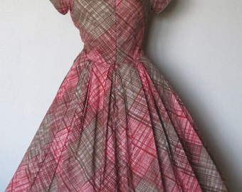 Vintage  1950's New Look. dress. Chocolate.Red.Picnic Plaid. Full circle skirt.Rockabilly VLV Party Mad Men dress.