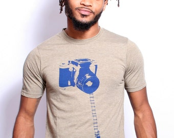 Men's T Shirt Camera Photography - Hand Screen Printed by Artisan Tees - Surreal - Vintage Camera