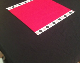 """20"""" X 20"""" Mickey Mouse Table Topper Red w/Red and Black Mickey Mouse Polka Dot Ribbon"""