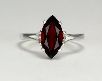 Sterling Silver Garnet Ring / Natural Garnet Silver Ring January Birthstone