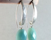 Blue amazonite earrings. Hammered silver jewelry. Handmade aqua blue gemstone earrings on French hooks. - GemsByKelley