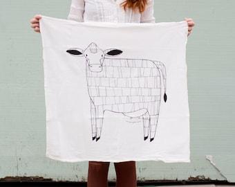 Cow Tea Towel, Cow Dish Cloth, Cow Kitchen Towel, Barnyard Tea Towel, Barnyard Kitchen, Gift For her, Home Essentials, Barnyard Dishcloth