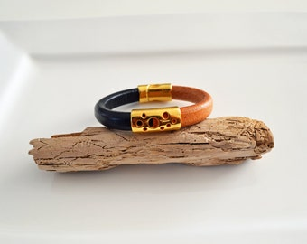 Regaliz Leather in two colors, licorice regaliz leather bracelet in black & natural color with gold findings/Friendship bracelet